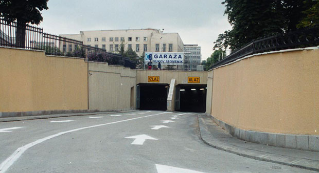 Garaža Vukov spomenik